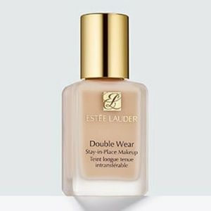 Estee Lauder stay in place make up